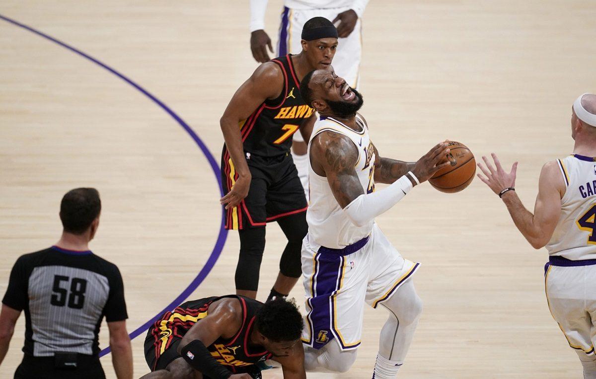 LeBron James LA Lakers ankle injury return New York Knicks
