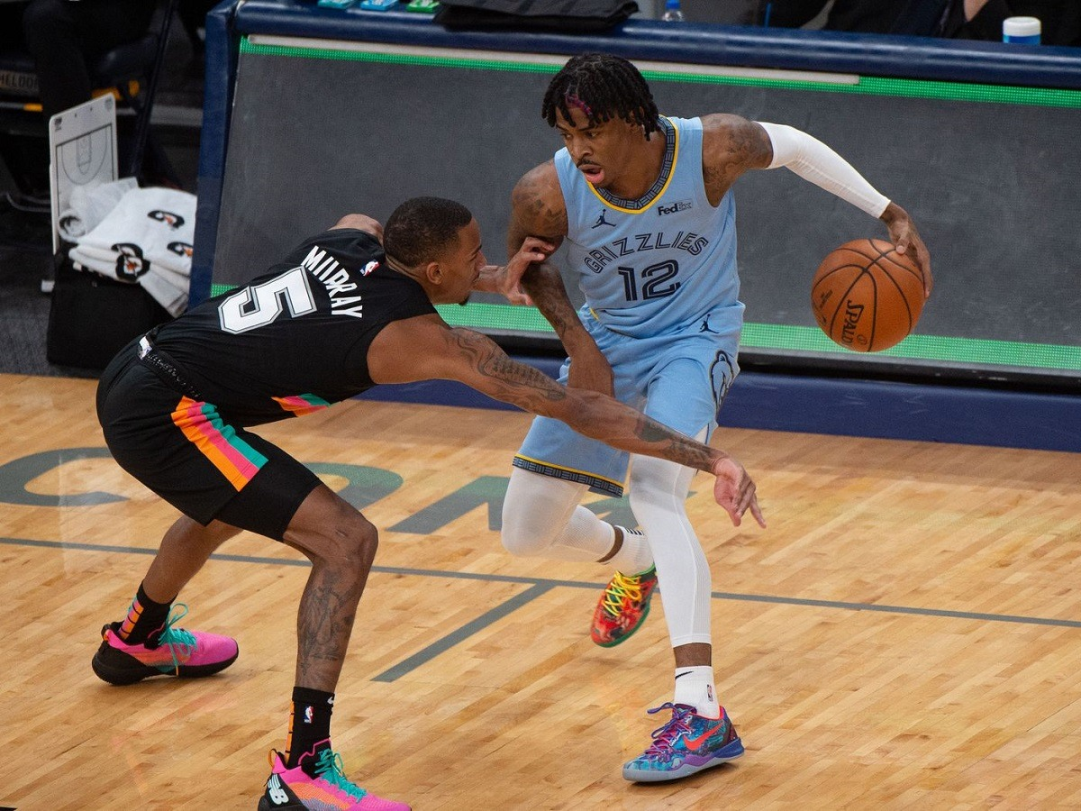 Play-in turnamen Ja Morant Memphis Grizzlies San Antonio Spurs Nine-Tean Game NBA Playoffs