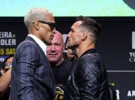 Charles Oliveira (left) and Michael Chandler (right) will battle for the vacant lightweight title at UFC 262 this Saturday night. (Image: Getty)