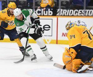 NHL playoff races Predators Stars