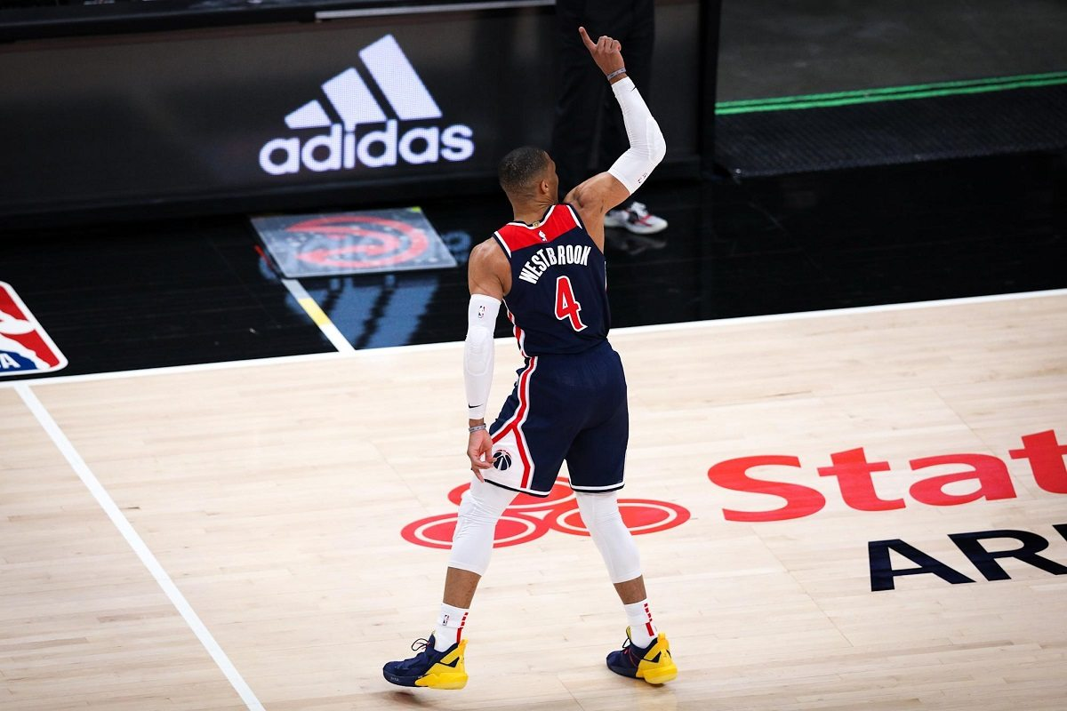 Russell Westbrook NBA Rekor Triple-Double Sepanjang Masa Oscar Robertson