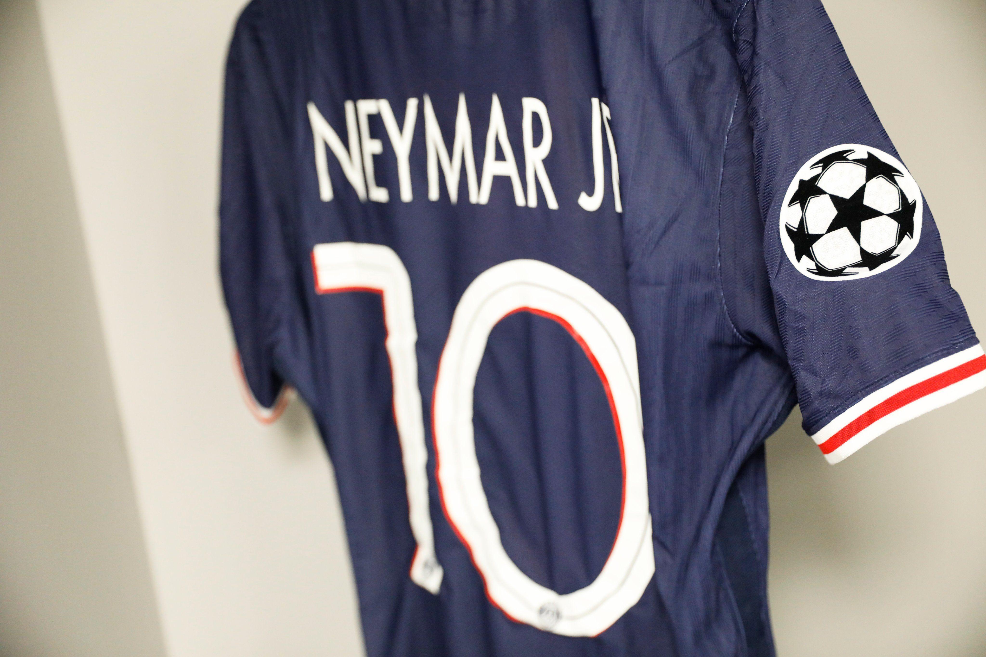 Kaos Neymar psg