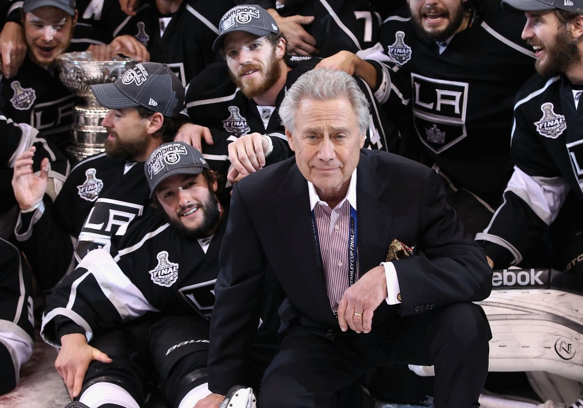 AEG founder Philip Anschutz is selling his LA Lakers stake to two LA Dodgers owners.