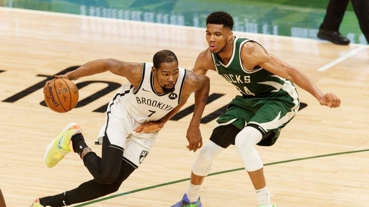 Milwaukee Bucks Seri Brooklyn Nets Playoff NBA 2021 Orang Yunani Aneh Kevin Durant