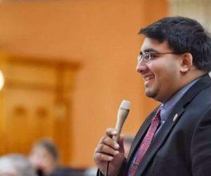 Niraj Antani (Economic Times)