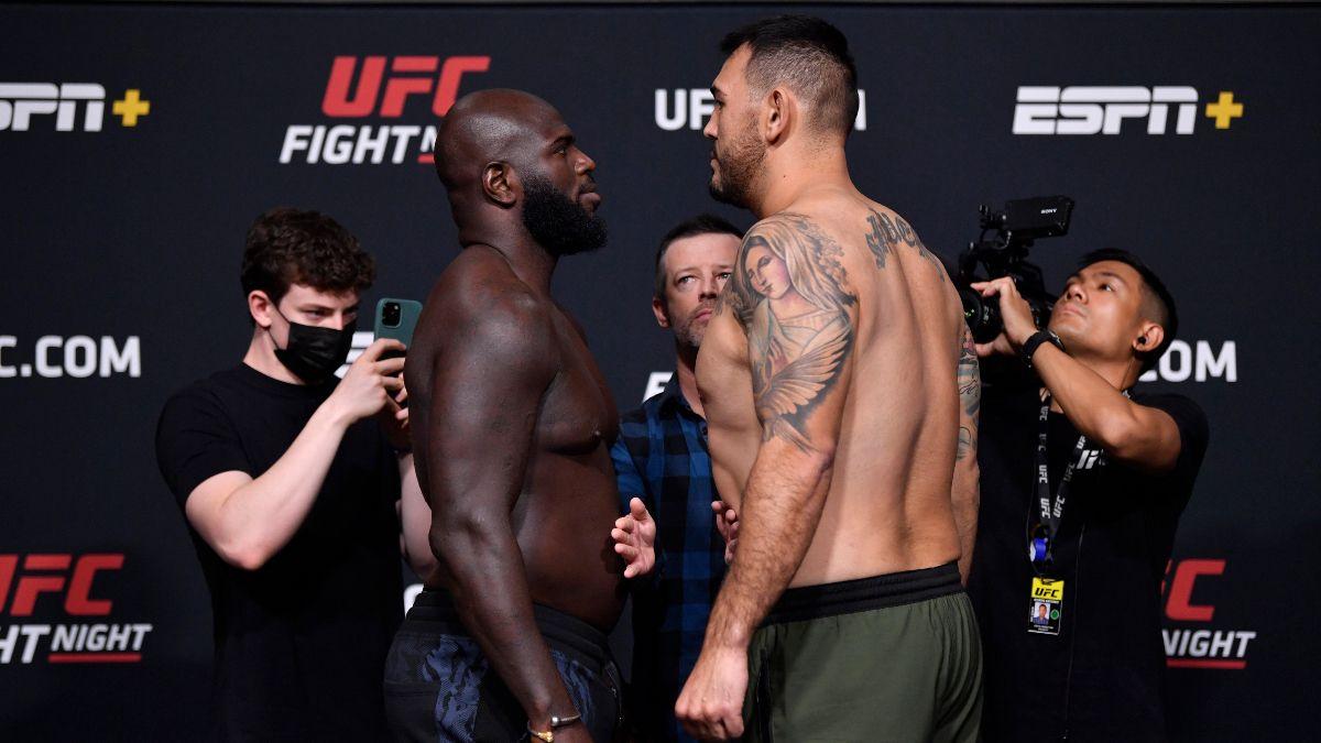 Rozenstruik Sakai peluang UFC