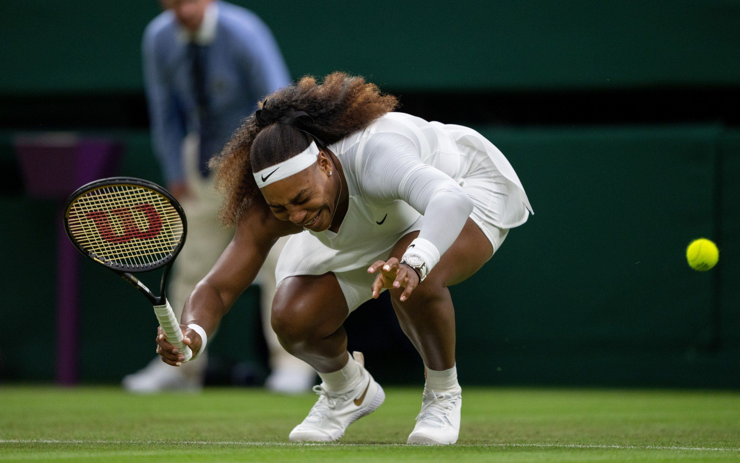 Serena Williams cedera Wimbledon