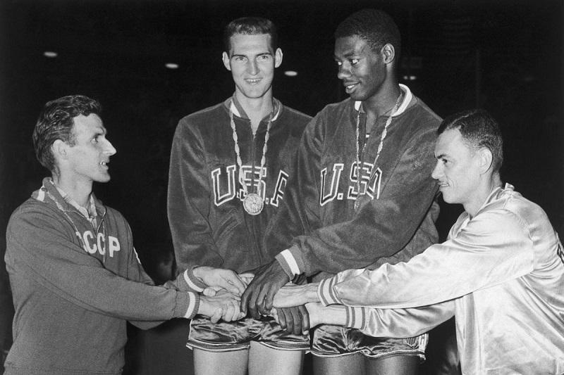Team USA Olympics 1960 Jerry West OScar Robertson