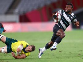 Fiji will enter the men's Olympic rugby sevens gold medal match as a slight favorite over New Zealand. (Image: Siphiwe Sibeko/Reuters)