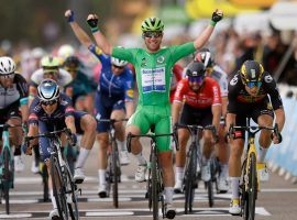 For a third time in the 2021 Tour de France, Mark Cavendish (Deceuninck-QuickStep) won a sprint stage with a victory at Stage 10: Albertville > Valence. (Image: Reuters)