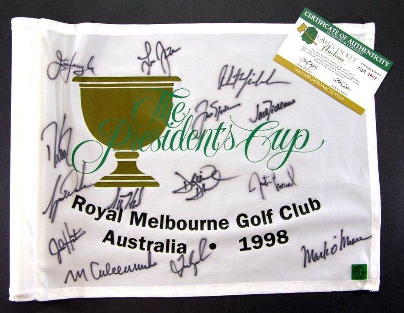 This 1998 pin flag signed by golfing royalty sold for less than $500.
