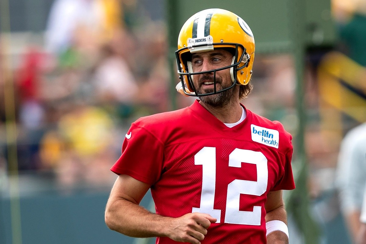 Aaron Rodgers Green Bay Packers NFC North odds Bears Lions Vikings Chicago
