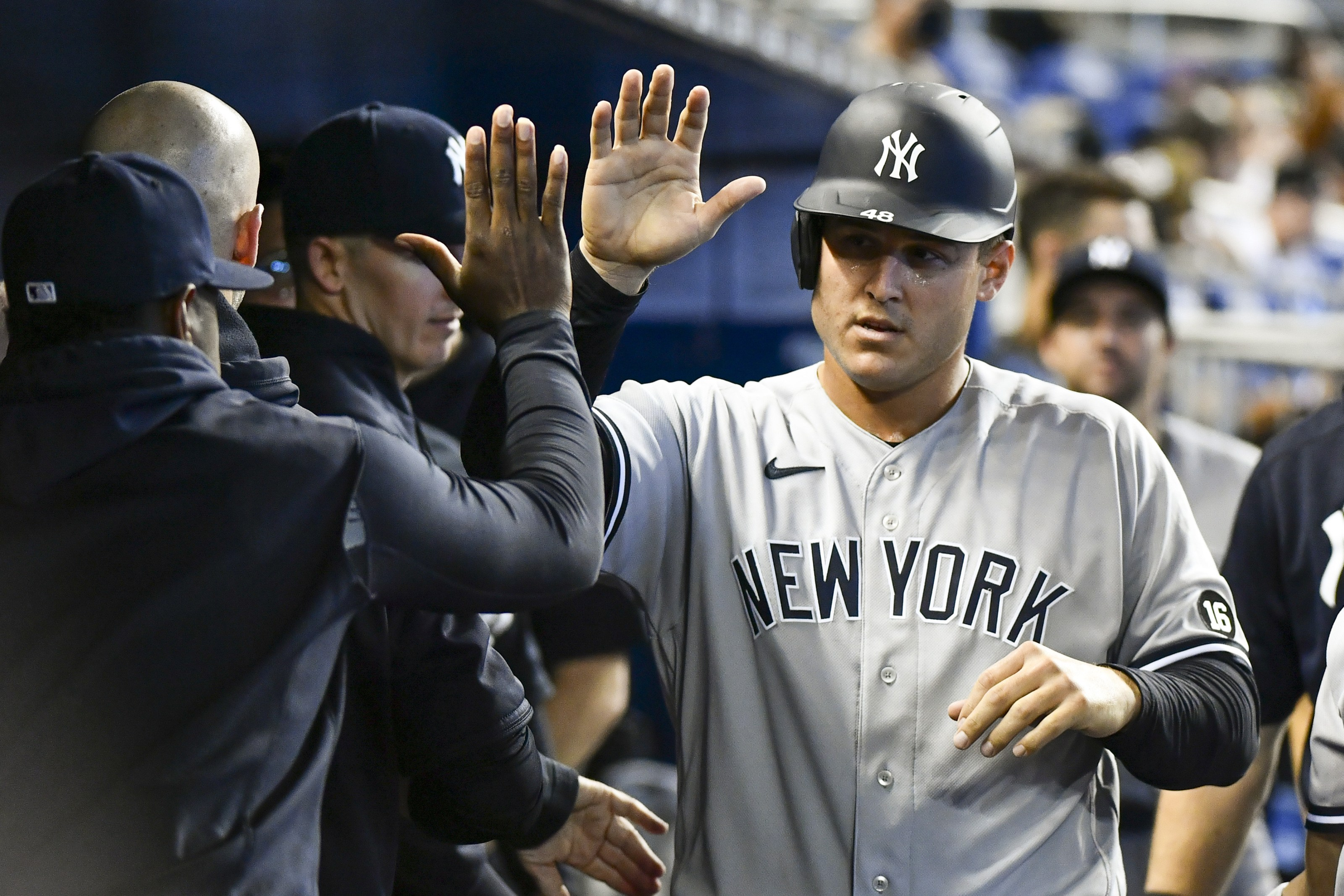 Anthony Rizzo NY Yankees Playoffs Odds Wild Card Prop Bet