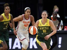 The Seattle Storm will take on the Connecticut Sun in the final of the first ever WNBA Commissioner's Cup. (Image: Elaine Thompson/AP)