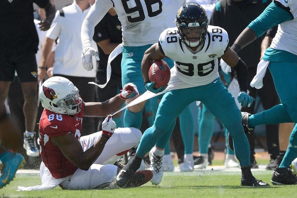 Jamal Agnew Jacksonville Jaguar touchdown TD Kembali 109 yard FG miss Arizona Cardinals Matt Prater Video