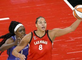 Liz Cambage could play limited minutes for the Las Vegas Aces in their WNBA semifinal series against the Phoenix Mercury, as she continues to recover from COVID-19. (Image: Ethan Miller/Getty)