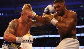 Oleksandr Usyk (left) outboxed Anthony Joshua (right) to win three of the major heavyweight boxing world titles on Saturday. (Image: Mark Robinson/Matchroom Boxing)