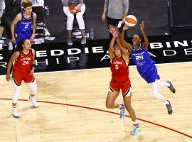 The Connecticut Sun and Las Vegas Aces will enjoy byes to the semifinals in the 2021 WNBA Playoffs. (Image: Chase Stevens/Las Vegas Review-Journal)