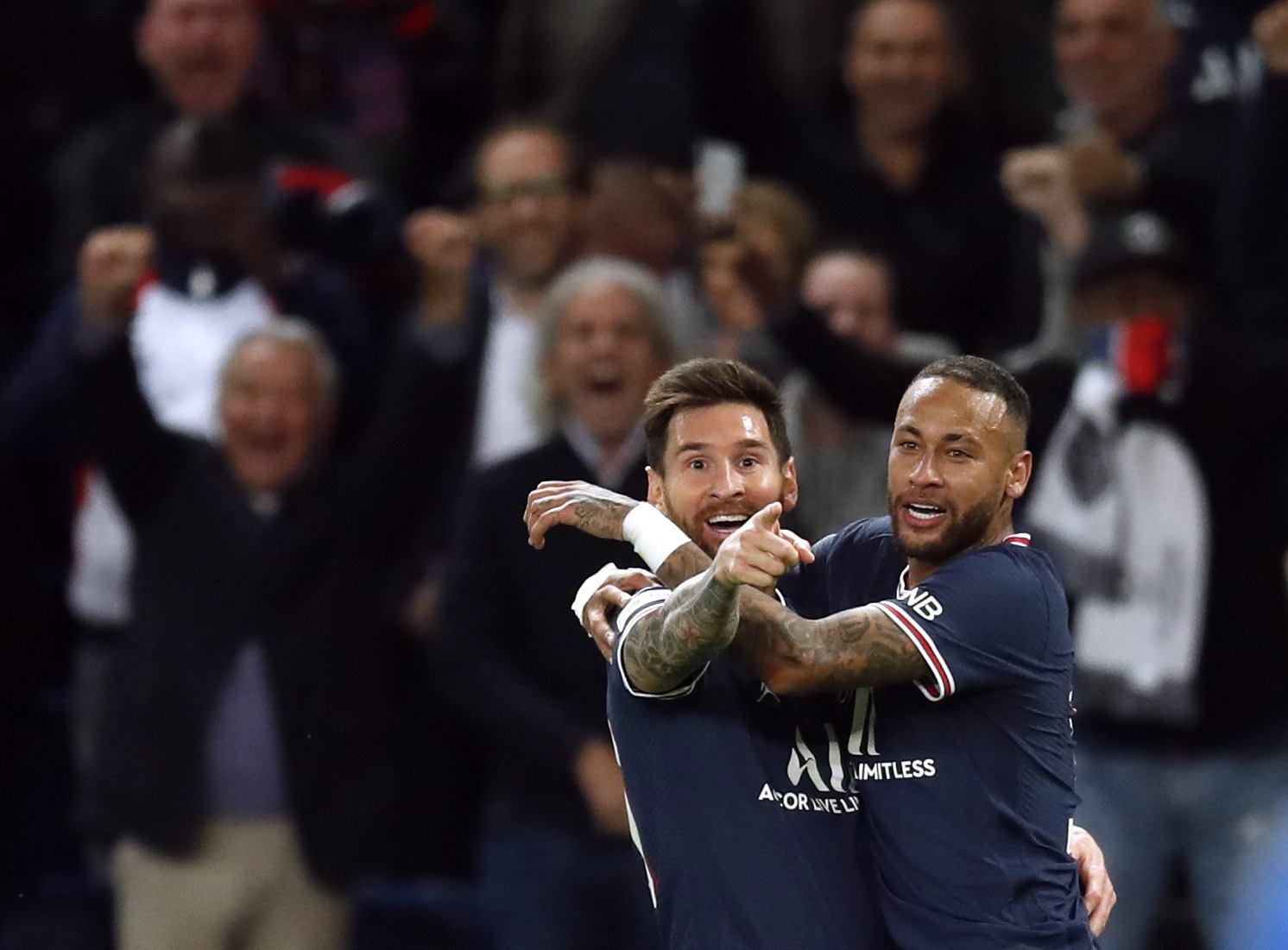 Gol pertama Messi psg