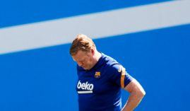 Ronald Koeman was a big player for FC Barcelona in the 90s. He took over as manager in 2020. (Image: Twitter/le10sport)