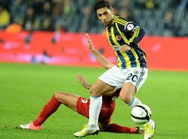 Sezer Ozturk wearing the Fenerbahce shirt in a Turkish Cup Game in 2012. (Image: dailysabah.com)
