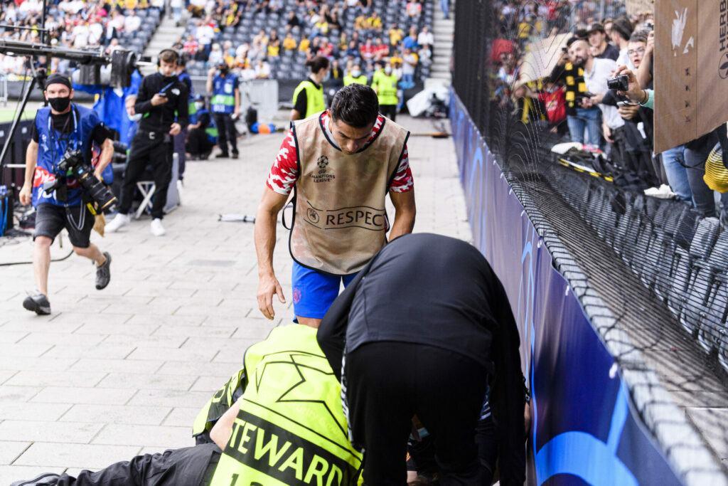 Ronaldo hit a steward