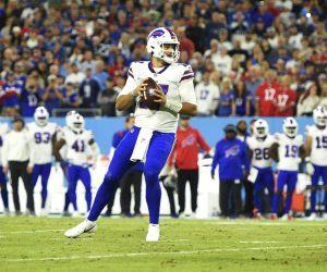 Josh Allen Buffal Bills Super Bowl 56 ods futures Bucs Chiefs Rams