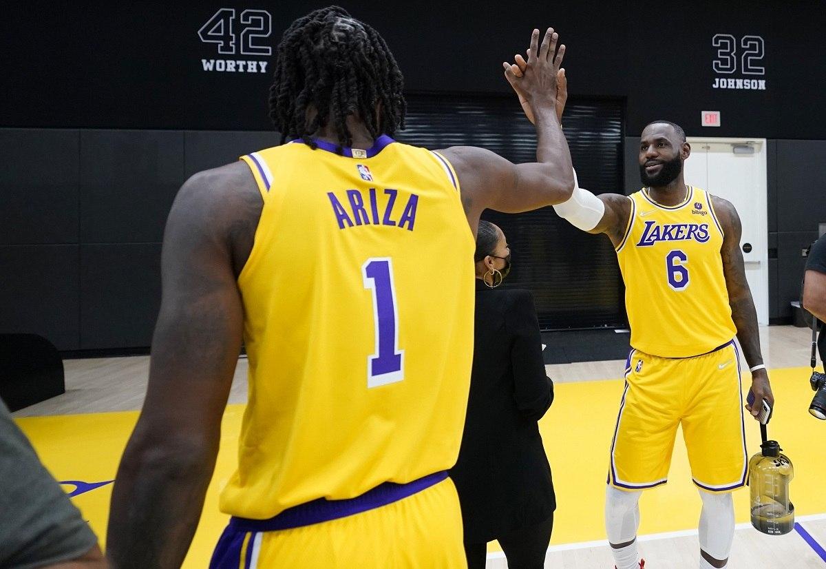 Trevor Ariza cedera operasi pergelangan kaki LA Lakers