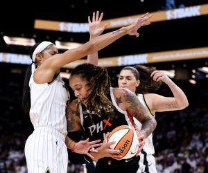WNBA Finals odds Game 3 Sky Mercury