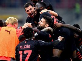 AC Milan's players celebrating after they beat Verona 3-2 at San Siro on Saturday. (Image: Twitter/davidecalabria2)